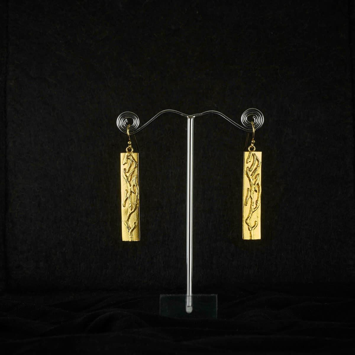 Pendientes de plata con balo de oro modelo Outono, Joyas Siliva.