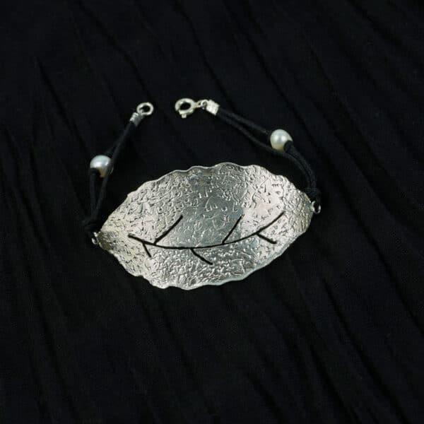 Pulsera de diseño modelo Natura2, joyería de plata. Joyas Siliva.