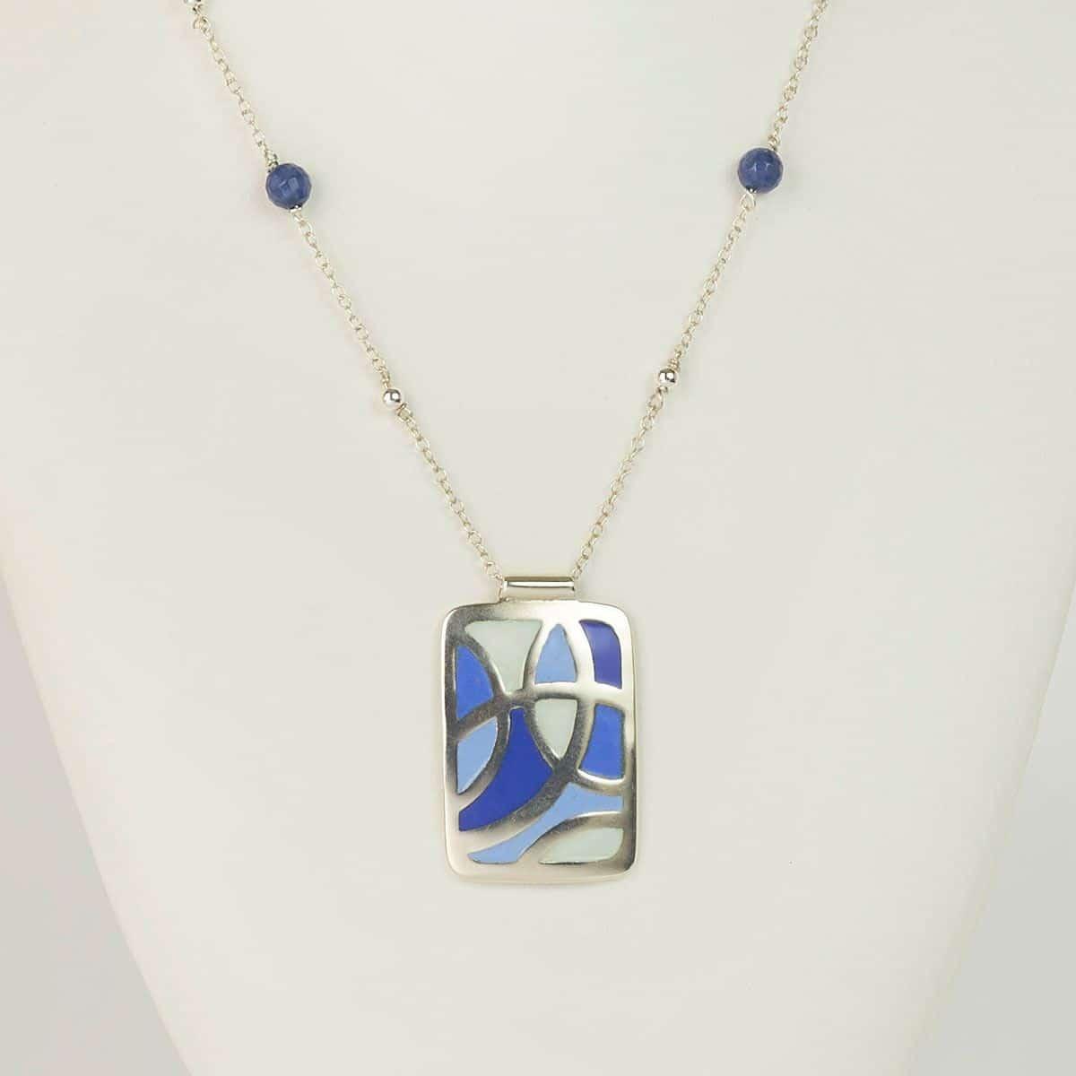 Colgante de plata modelo Celdas, joyas artesanales Siliva.