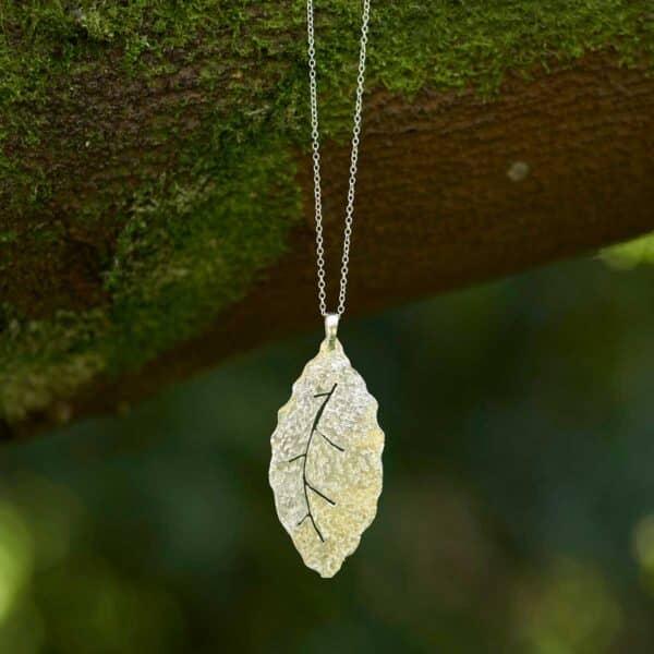 Collar de diseño modelo Natura2, joyería de plata, Joyas Siliva.
