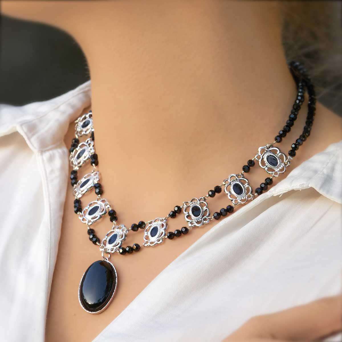 Collar de diseño en plata modelo Raíña, Joyas Siliva
