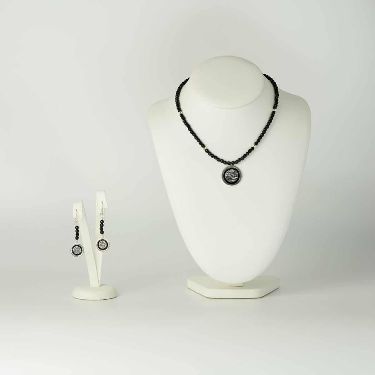 Conjunto de plata diseño modelo Lúa, joyería de diseño en plata con esmalte al fuego, Joyas Siliva
