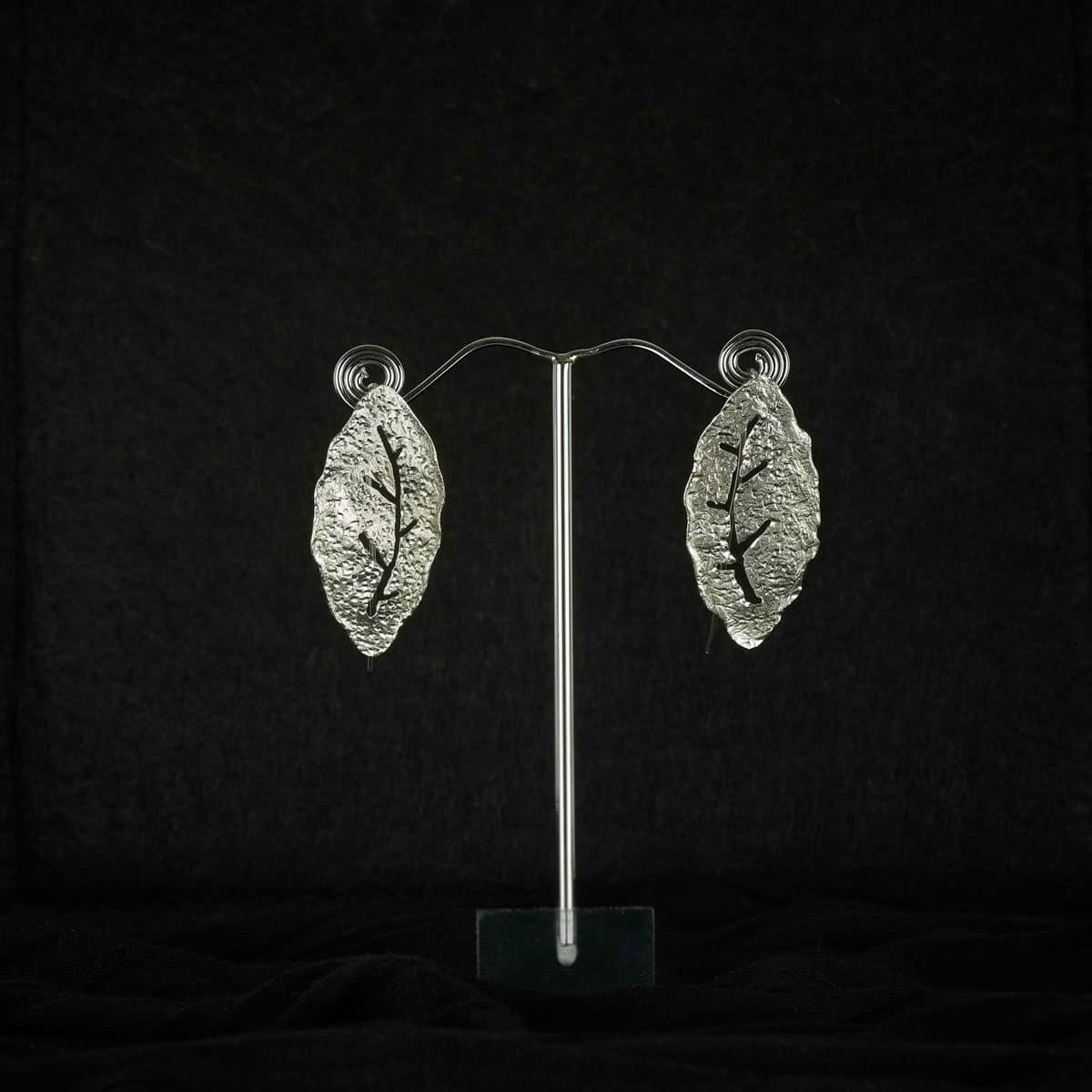 Pendientes de diseño modelo Natura2. Joyería de diseño en plata. Joyas Siliva.
