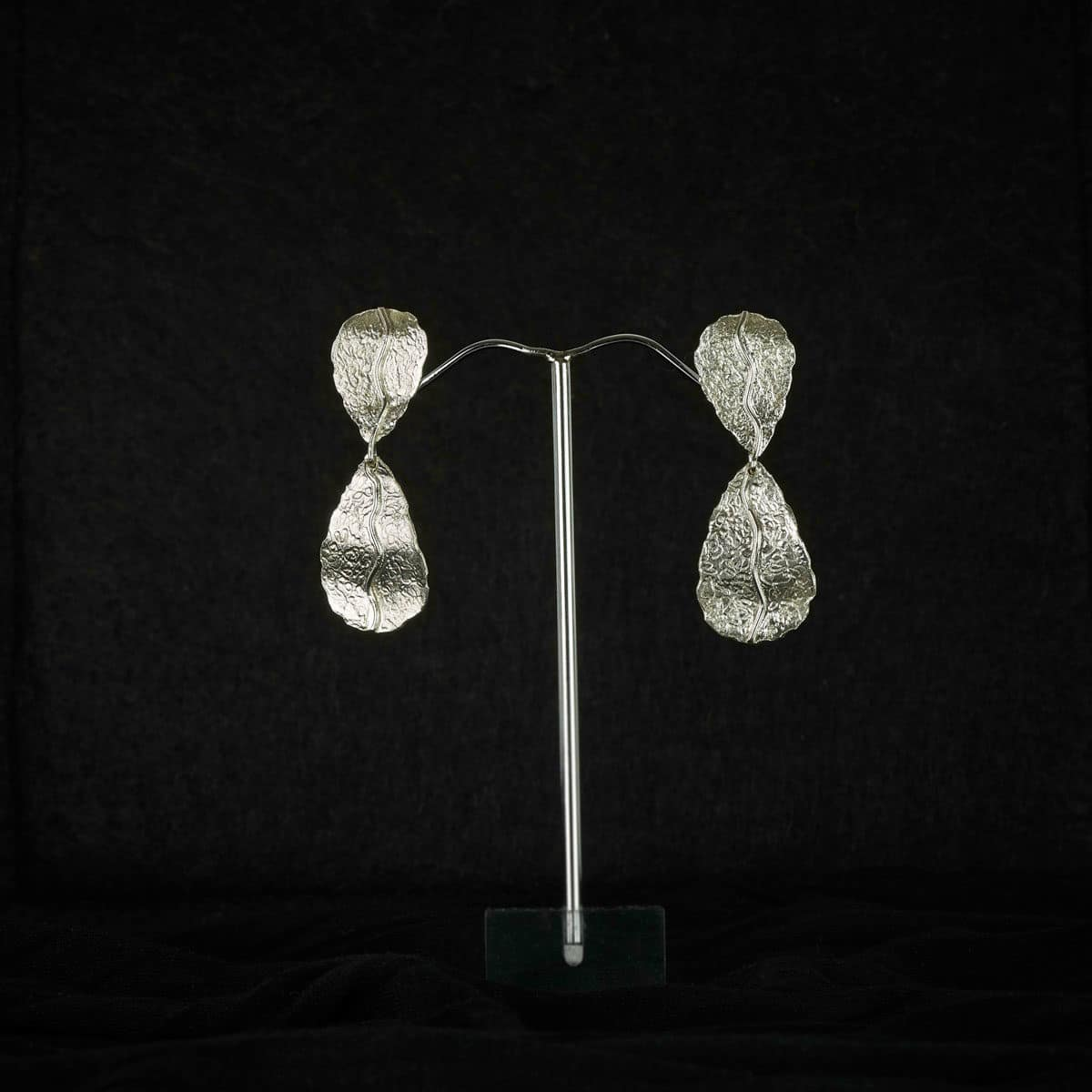 Pendientes de plata modelo Natura doble. Joyería artesanal en plata. Joyas Siliva.
