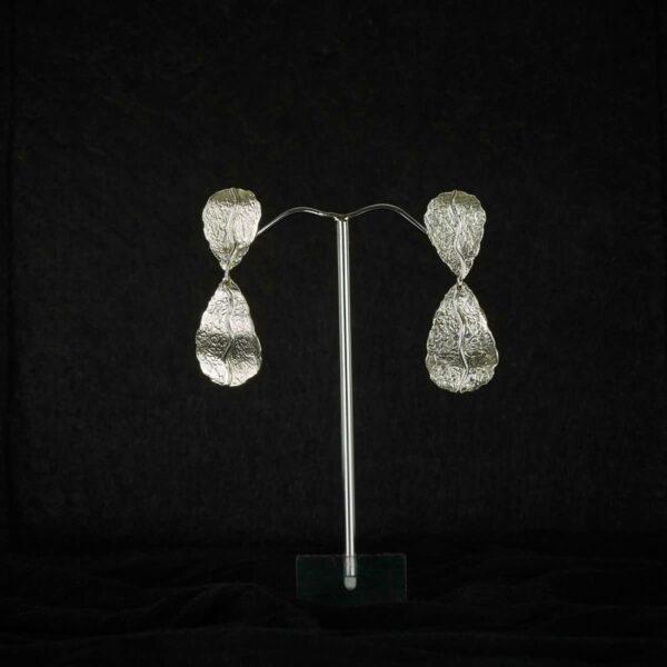 Pendientes de diseño modelo Natura doble. Joyería artesanal en plata. Joyas Siliva.