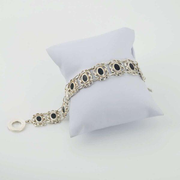 Pulsera de diseño en plata y esmalte al fuego modelo Raíña. Joyas Siliva.